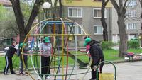 Сдружението закупи и дари нови съоръжения за безопасност на движението като част от инициативата Ден на обществената ангажираност
