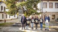 Голям интерес към ученическите стипендии, изборът измежду 24-ма